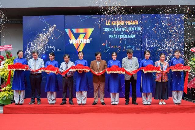 Khánh thành Trung tâm nghiên cứu và phát triển mẫu Dương Long RD - 1