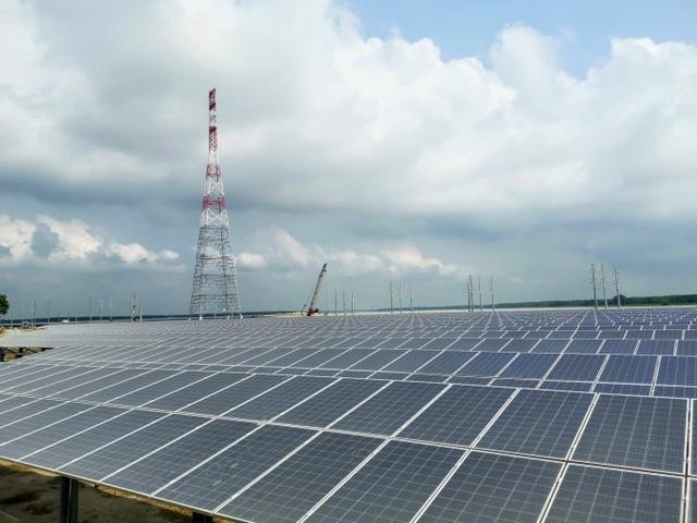 Giá điện mặt trời lao dốc: Nhà đầu tư tưởng dễ làm, nay đứng trước nguy cơ phá sản! - 2