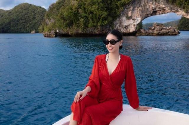 Hoa hậu Hà Kiều Anh khoe vóc dáng đẹp quyến rũ ở tuổi 43 - 6