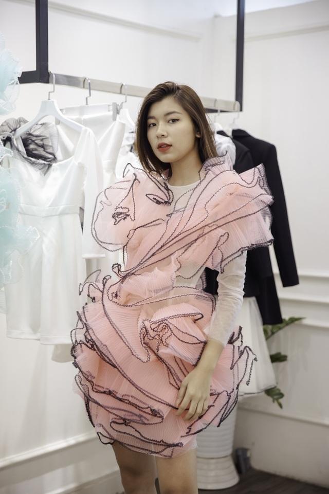 Dàn sao xúng xính thử đồ của Lê Ngọc Lâm trước show diễn Hoa hậu Hoàn vũ - 14