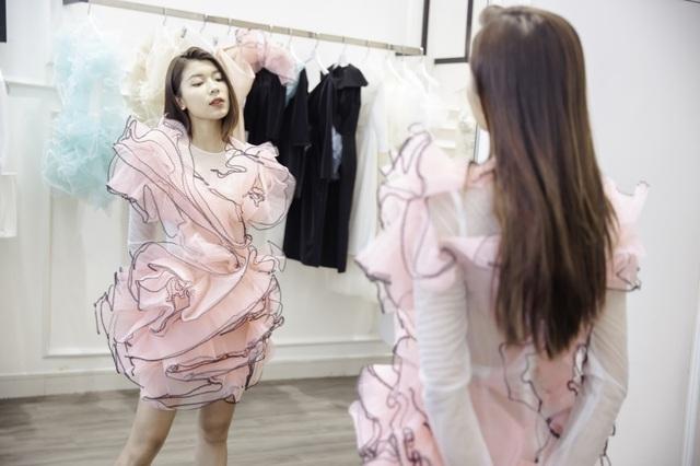 Dàn sao xúng xính thử đồ của Lê Ngọc Lâm trước show diễn Hoa hậu Hoàn vũ - 15