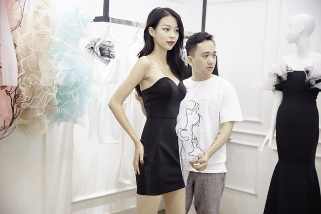 Dàn sao xúng xính thử đồ của Lê Ngọc Lâm trước show diễn Hoa hậu Hoàn vũ - 3
