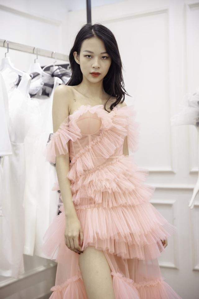 Dàn sao xúng xính thử đồ của Lê Ngọc Lâm trước show diễn Hoa hậu Hoàn vũ - 9