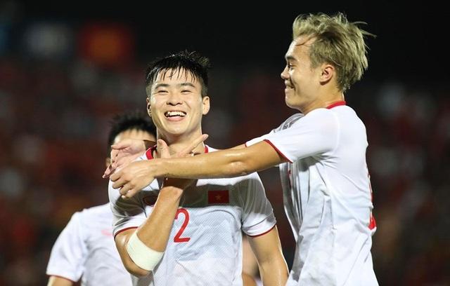 Đội tuyển Việt Nam và tham vọng đua ngôi đầu bảng với Thái Lan, UAE - 1