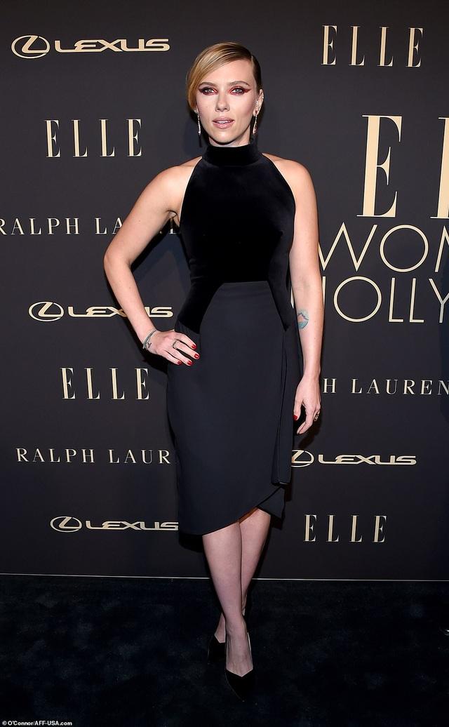 Người đẹp Hollywood kiêu sa diện váy đen dự sự kiện - 3