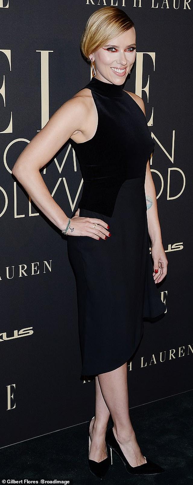 Người đẹp Hollywood kiêu sa diện váy đen dự sự kiện - 5