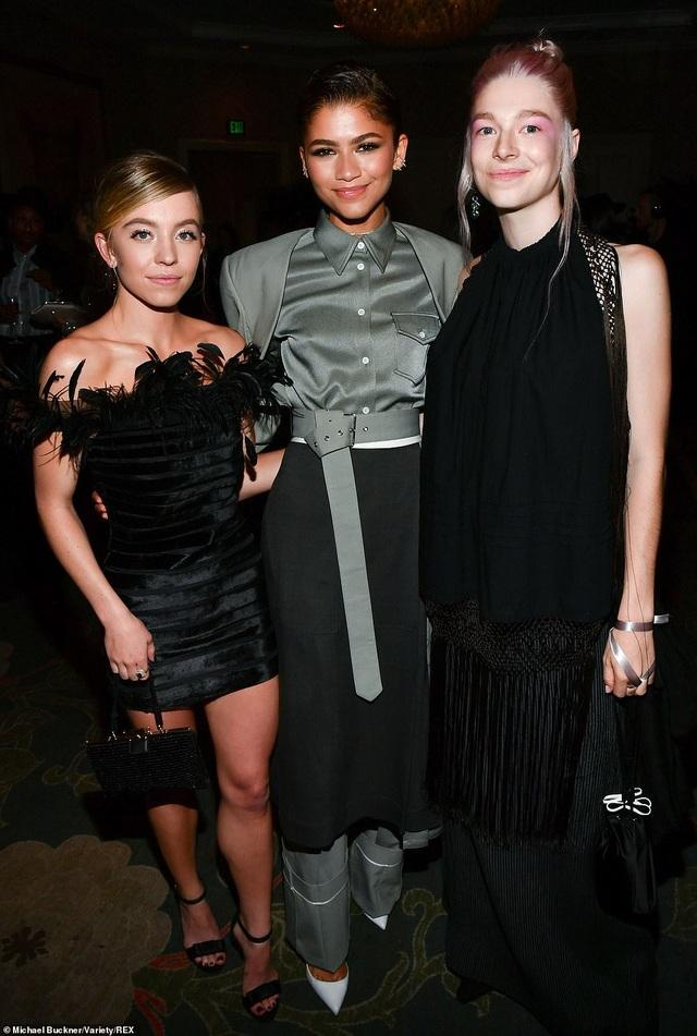 Người đẹp Hollywood kiêu sa diện váy đen dự sự kiện - 33