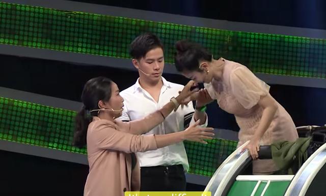 """Bị chê """"nhắc bài lộ liễu"""", Ốc Thanh Vân phản hồi: Lố mới vui - 1"""