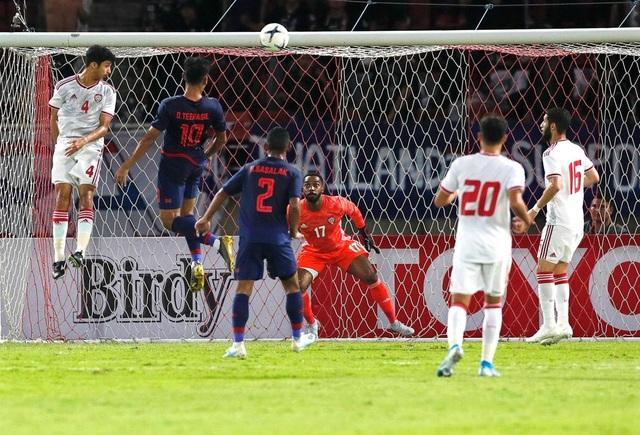 Những khoảnh khắc gây thất vọng của UAE trên sân Thái Lan - 7