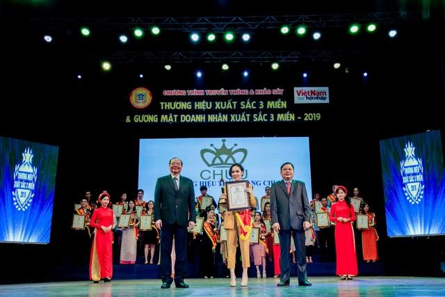 Thời Trang CHUU đạt top 100 thương hiệu xuất sắc 3 miền 2019 - 1