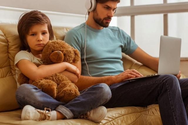 Bạn có thuộc kiểu cha mẹ vô tâm? - 1
