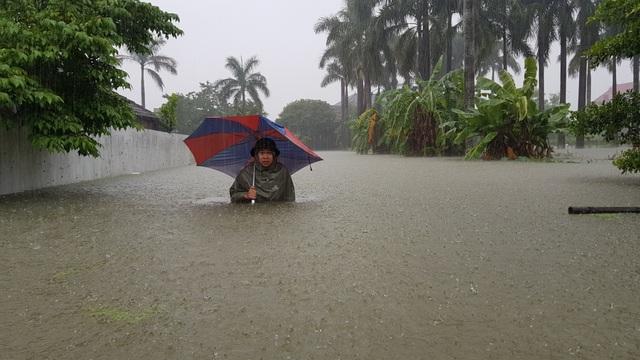 40 năm qua chưa từng chứng kiến trận ngập lụt kinh hoàng như thế - 3