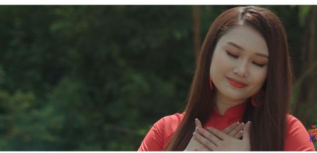 """Nghe Sao Mai Thanh Quý thủ thỉ, ngọt ngào hát """"Nhớ tiếng mẹ ru"""" - 1"""