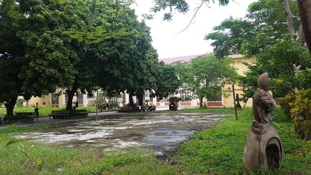 Hàng chục giảng viên, cán bộ trường ĐH Nghệ thuật, ĐH Huế bị chấm dứt hợp đồng - 4