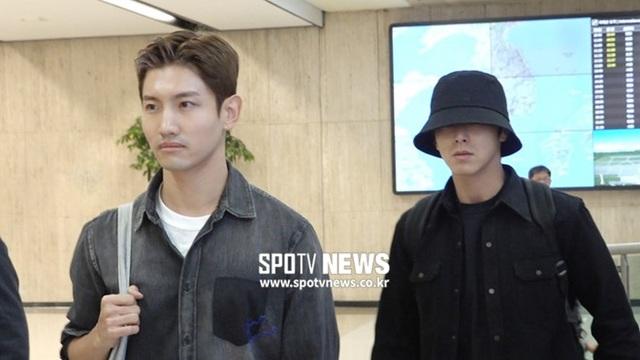 Nhóm TVXQ, thành viên nhóm f(x) vội vàng về Hàn Quốc dự tang lễ của Sulli - 4