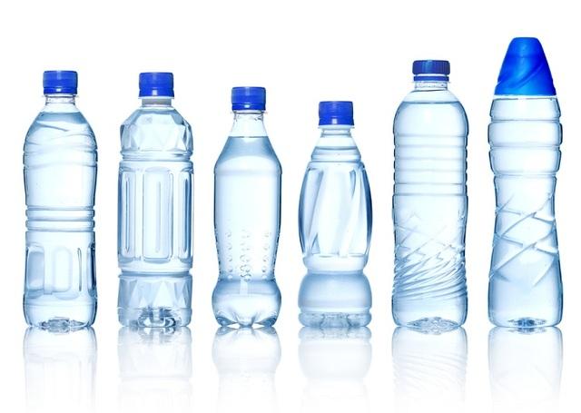 Nước sạch nhiễm dầu: Nếu tự mang nước đi kiểm nghiệm chất lượng, bạn cần chú ý những điều này - 3