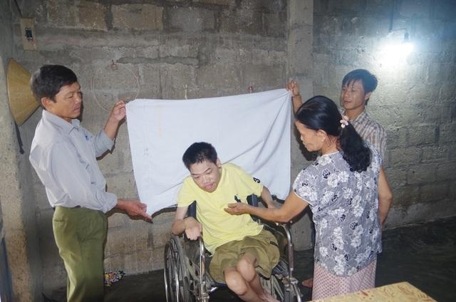 Công an đến tận nhà làm chứng minh thư cho người già, người khuyết tật - 5