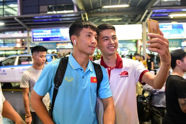 Đội tuyển Việt Nam về tới Hà Nội sau trận đại thắng Indonesia - 12