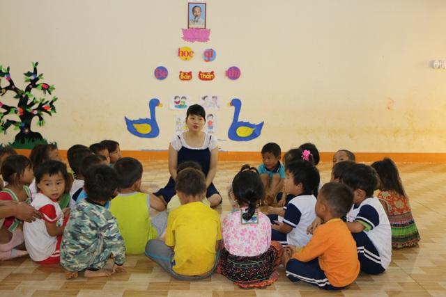 Sợ trò thất học, 8 cô giáo trẻ tình nguyện đứng lớp không lương - 5