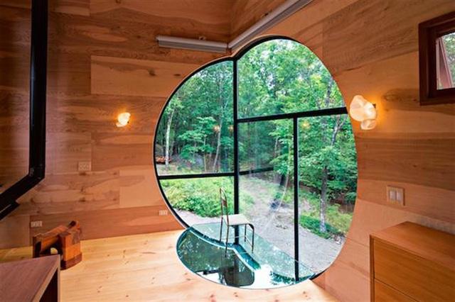 Nhà gỗ hình thang giữa rừng với cửa độc đáo đẹp hút mắt - 5