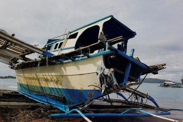 Tàu dân quân Trung Quốc bị nghi đội lốt tàu cá trong vụ đâm tàu Philippines - 1