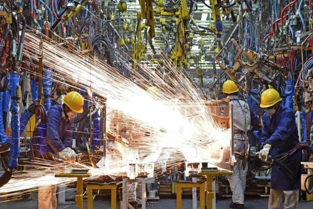"""Kinh tế Trung Quốc """"xuống dốc"""", tăng trưởng thấp kỷ lục trong 27 năm - 1"""