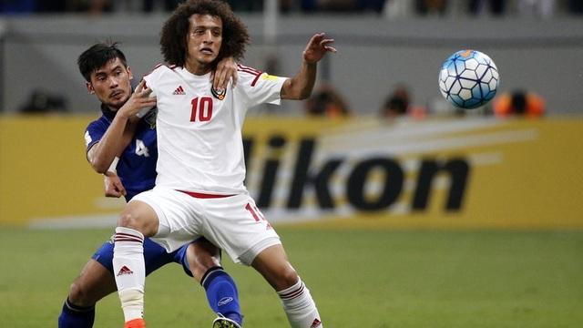 Cầu thủ UAE nhắc nhau thận trọng trước trận gặp tuyển Việt Nam - 1