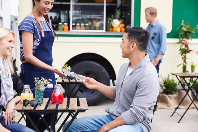"""Thanh toán """"không tiếp xúc"""": Xu hướng tiêu dùng mới trong tương lai gần - 1"""