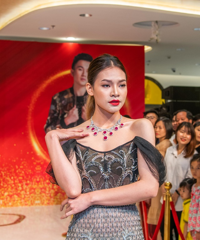 Hiếm khi hội ngộ fan Hà Nội, Dương Triệu Vũ  diễn hết mình tại DOJI Tower - 5