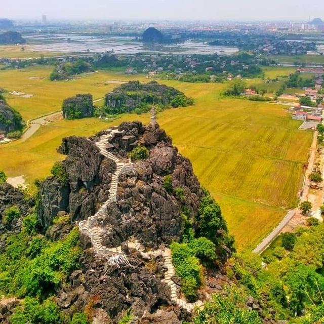Sen nở rộ, lúa trải vàng ở thánh địa sống ảo miền Bắc - 6