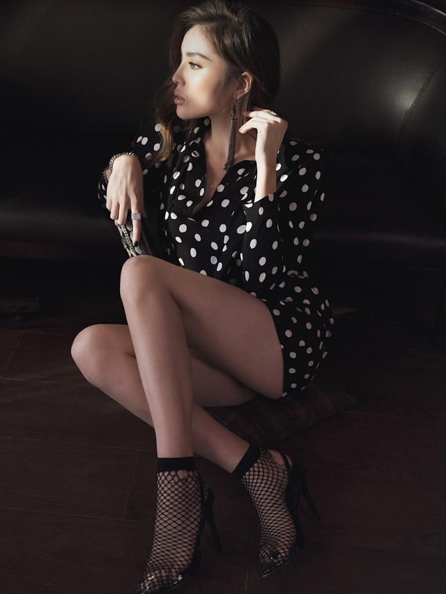 Hoa hậu Kỳ Duyên khoe vòng một hững hờ - 5