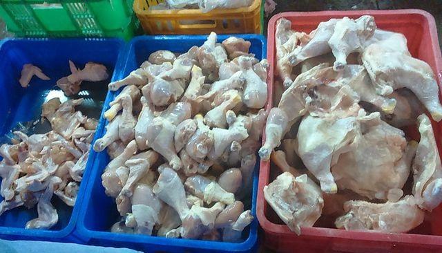 Gà Mỹ, gà Hàn Quốc siêu rẻ dồn dập đổ về Việt Nam - 1