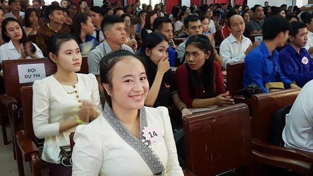 Thú vị xem lưu học sinh Lào hùng biện tiếng Việt - 2