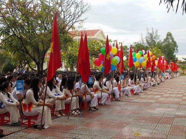 Quảng Bình sáp nhập 30 trường học thành 15 trường - 1