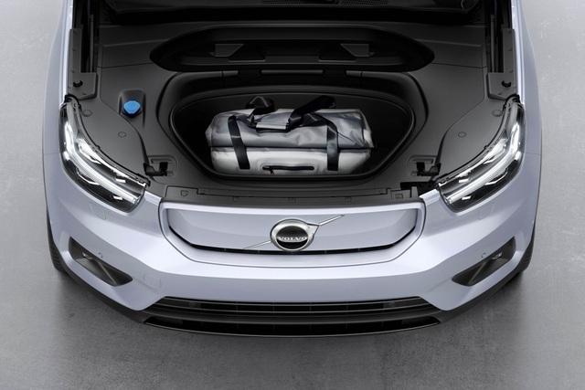 Volvo ra mắt XC40 hoàn toàn chạy điện - 5