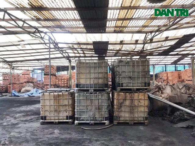 """Hành trình truy bắt những kẻ đổ dầu thải """"đầu độc"""" nguồn nước sông Đà - 7"""