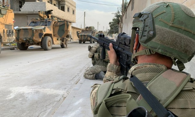 """Thổ Nhĩ Kỳ bị """"tố"""" vi phạm lệnh ngừng bắn, tiếp tục tấn công người Kurd tại Syria - 2"""