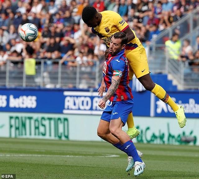 """Messi, Suarez, Griezmann cùng lập công, Barcelona đại thắng """"3 sao"""" - 8"""