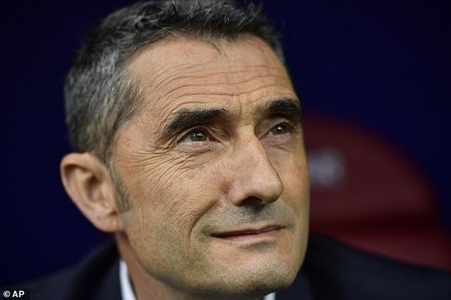 """Messi, Suarez, Griezmann cùng lập công, Barcelona đại thắng """"3 sao"""" - 6"""