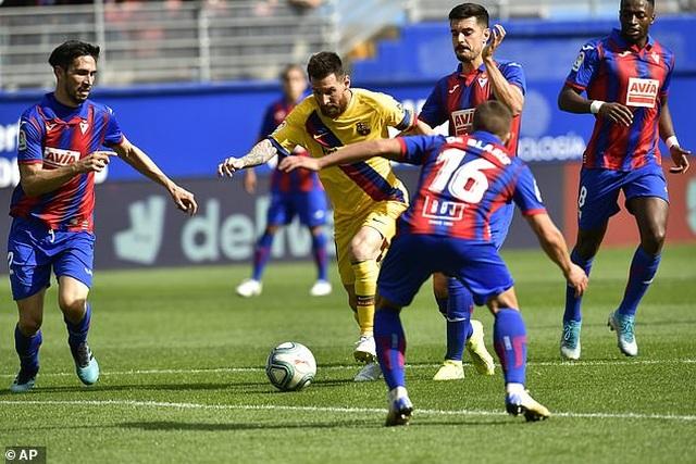 """Messi, Suarez, Griezmann cùng lập công, Barcelona đại thắng """"3 sao"""" - 4"""