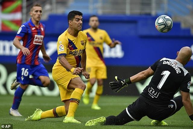 """Messi, Suarez, Griezmann cùng lập công, Barcelona đại thắng """"3 sao"""" - 5"""