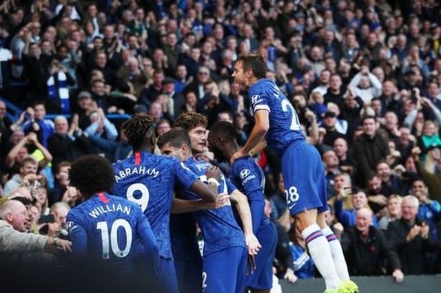 Alonso lập công giúp Chelsea hạ gục Newcastle - 1