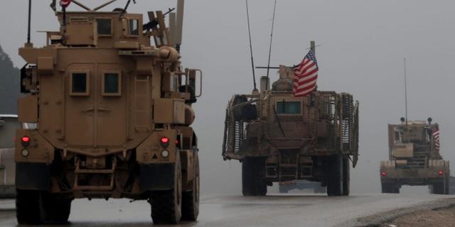 Mỹ có thể rơi bí mật quân sự vào tay Nga sau khi đột ngột rút quân khỏi Syria - 1