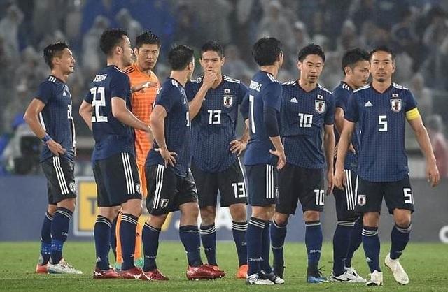 Chỉ trích Bùi Tiến Dũng, đội bóng của HLV Akira Nishino từng chơi không đẹp ở World Cup - 2