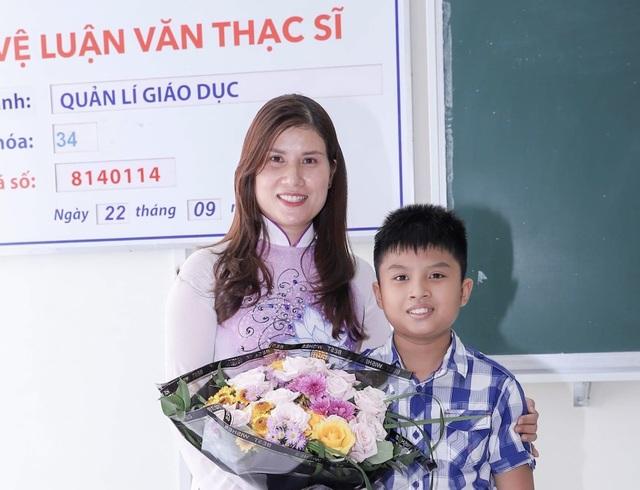Cô hiệu phó mở lớp dạy kỹ năng sống miễn phí cho học sinh - 12