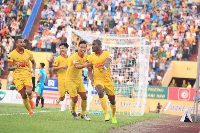CLB Nam Định và CLB Hải Phòng cùng trụ hạng - 3