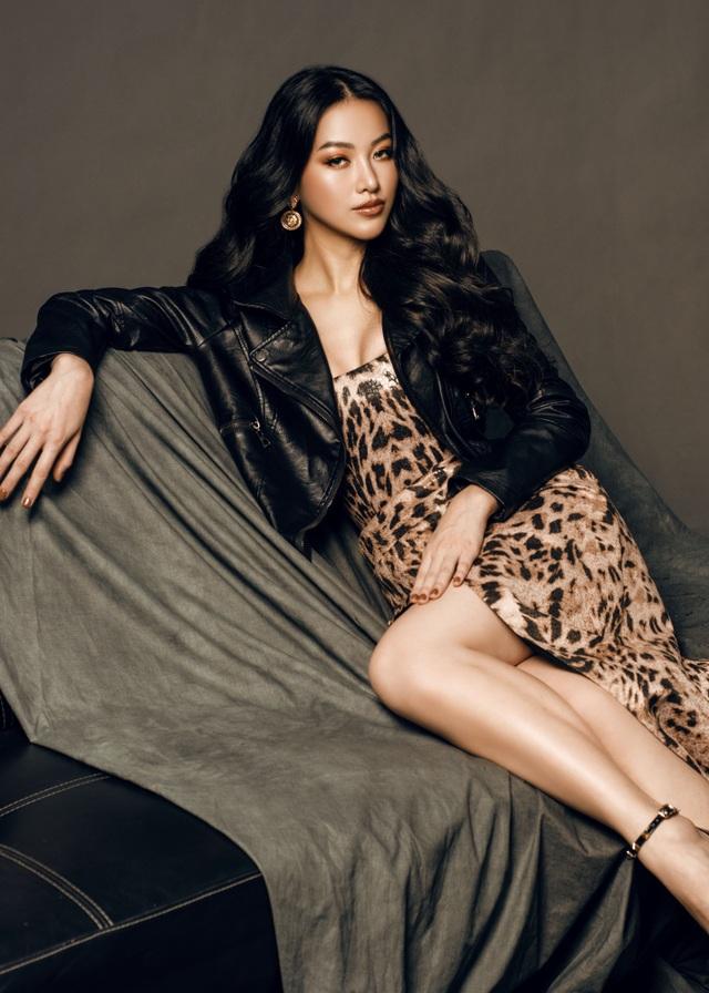Phương Khánh đội vương miện tiền tỷ, khoe dáng bốc lửa trước thềm Miss Earth 2019 - 16