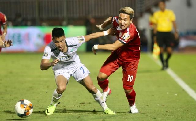 Tuấn Anh nén đau ra sân, HA Gia Lai chính thức trụ hạng tại V-League - 6
