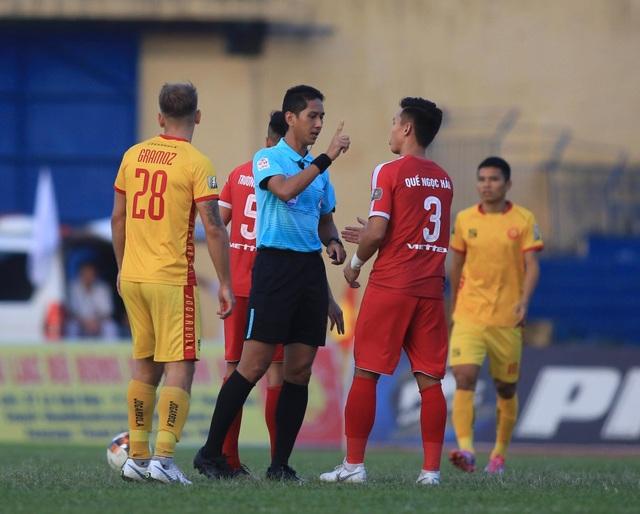 CLB Viettel trụ hạng, Thanh Hoá tiến gần giải hạng Nhất - 2
