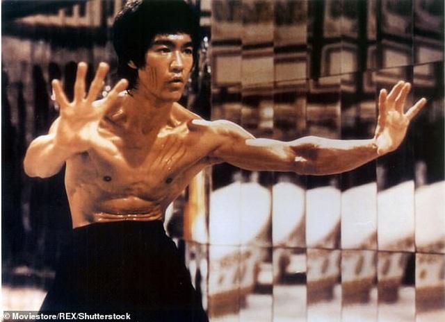 """Phim khắc họa Lý Tiểu Long """"hiếu thắng, tự phụ"""" sẽ không cắt cảnh - 3"""